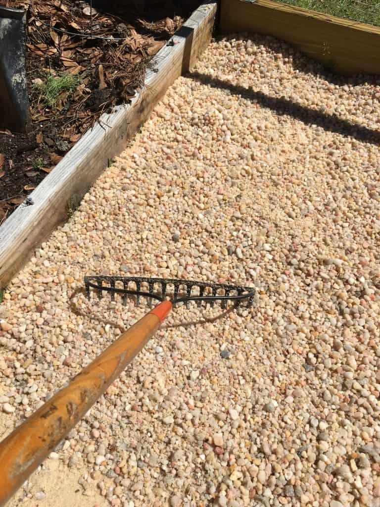 DIY Garden Gravel Paths
