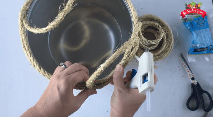 sisal repurposed tin